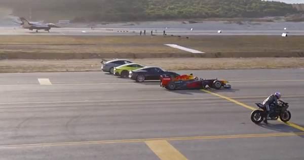 sfida impossibile fra un jet  auto da formula 1 e moto superbike  chi ha vinto