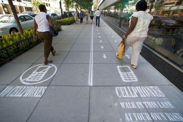 La corsia per gli smartphone addicted