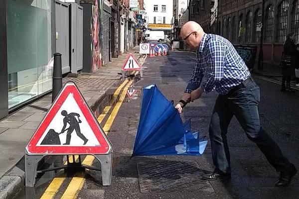 Svelato il significato del famoso cartello stradale