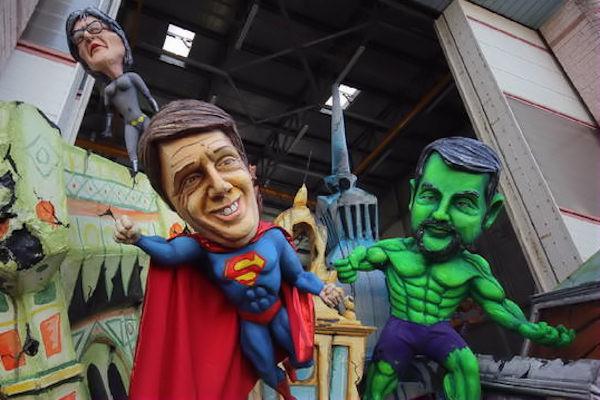 Carnevale con i protagonisti della politica