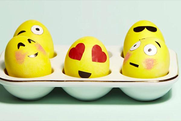 Uova emoticons