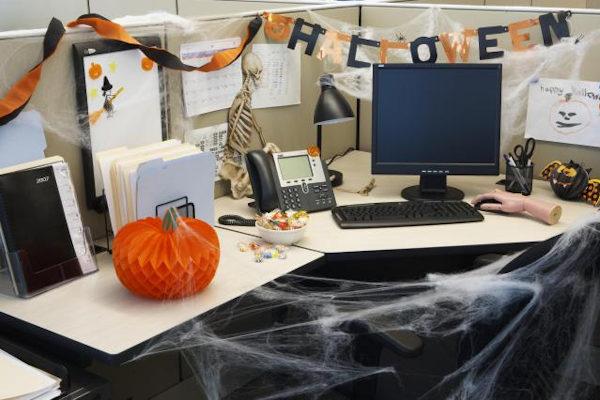 31 ottobre in ufficio