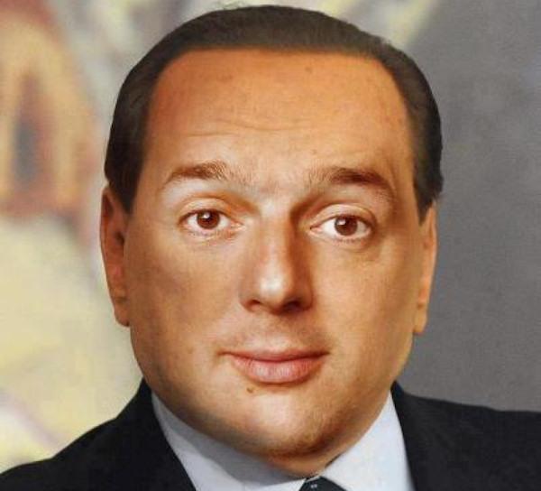 Un politico virtuale con curiose somiglianze...