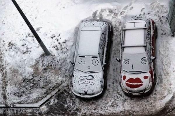 La macchina di lui e la macchina di lei