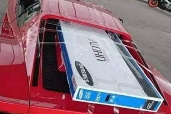Trasporti eccezionali sulla Ferrari