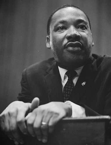 Ben noto Frasi di Martin Luther King RJ58