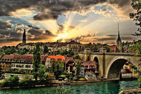 La capitale della Svizzera è Berna