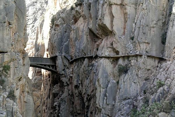 Il Caminito del Rey si trova a 100 m d'altezza sul fiume