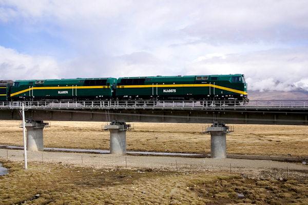 La ferrovia più alta del mondo è la linea Qinghai – Tibet