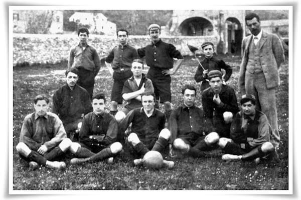 La squadra del Genoa 1898 campione d'Italia