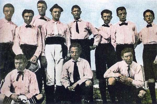 La prima formazione della Juventus (1897)