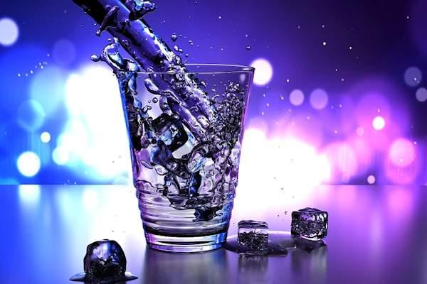 Con un semplice trucco è possibile mantenere le bevande fresche