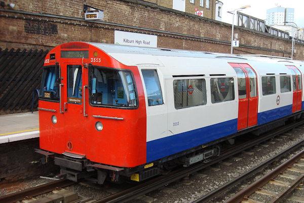 La metropolitana di Londra è la più antica del mondo