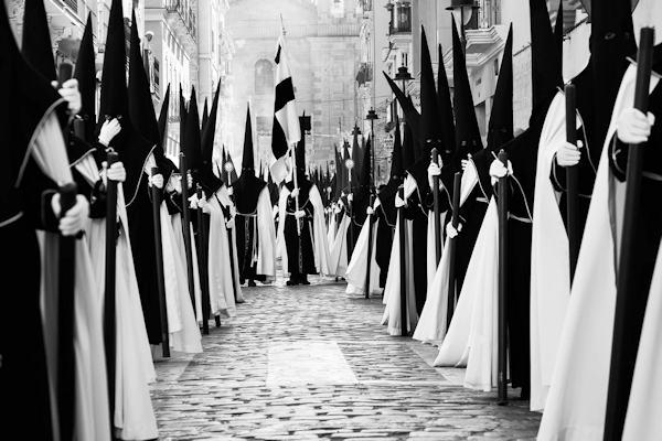 Processione tipica spagnola per la settimana santa di Pasqua