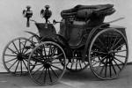 Uno dei primi modelli di autovettura moderni, la Benz Viktoria, datata 1893