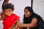 Anche le bambine nell'India del Sud indossano il bindu