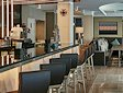 <b>Appuntamento di San Valentino - Dating at coffee shop